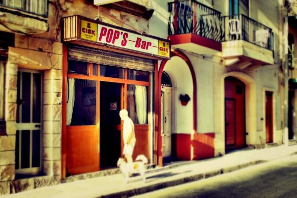 Pop's bar Birzebbuga