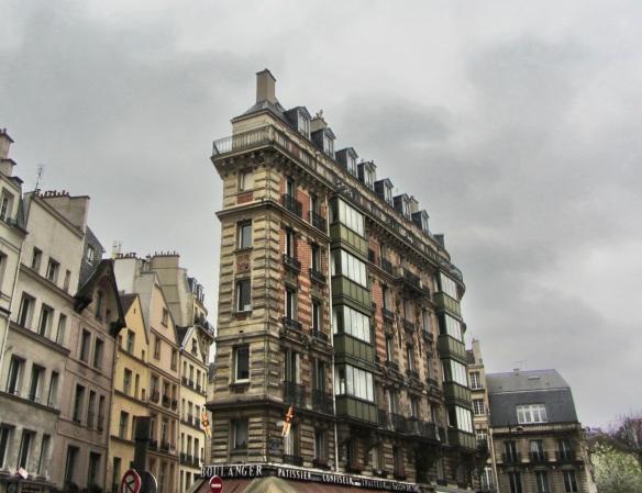 Narrow building