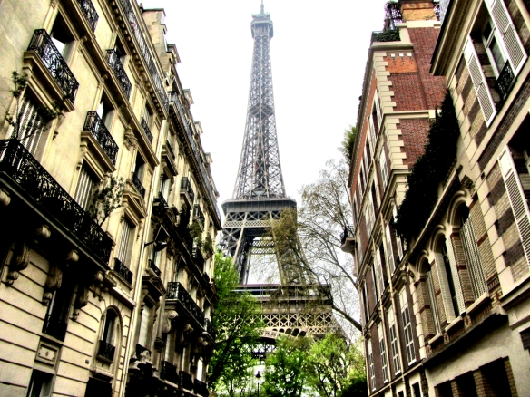 Paris Eiffel Tower from sidestreet