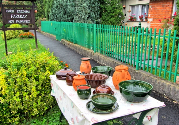 Czugh Zsuzsanna pottery Magyarszombatfa